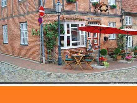 Idyllisches Altstadtcafé direkt am Mühlengraben