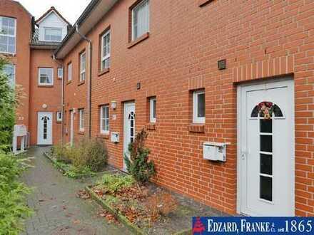 Schönes Reihenhaus mit 5 Zimmern in familienfreundlicher Wohnlage