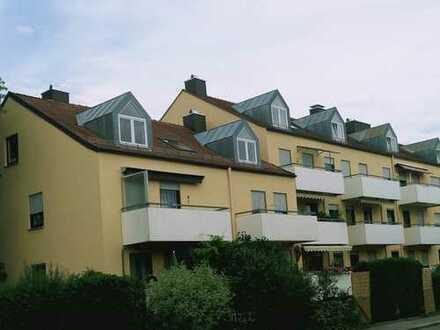 Attraktive, helle, großzügige und moderne Dachwohnung