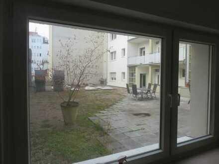 Kernsanierte, schöne, geräumige drei Zimmer Wohnung in Köln, Altstadt & Neustadt-Süd