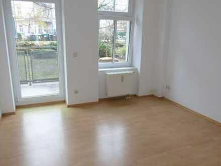 Die perfekte 2 Raum - Wohnung mit Balkon im Hochparterre in bester Lage!!!