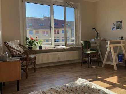 Schönes Zimmer zwischen Uniklinik und Altstadt (St. Jürgen)