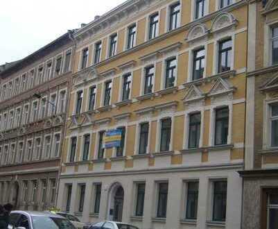Provisionsfreie sanierte 3 Zimmer Wohnung mit Balkon