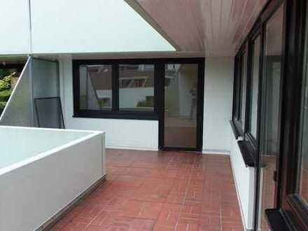 ++ Top sanierte Eigentumswohnung mit großem SW-Balkon
