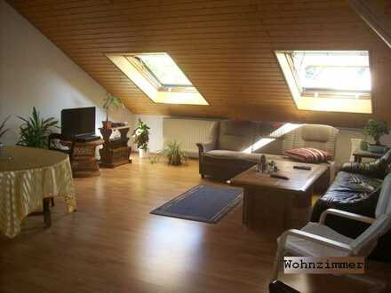 Gepflegte 5-Zimmer-Küche-Bad in DG-Wohnung in Budenheim