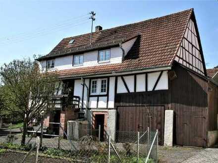 RESERVIERT - Ehemaliges Bauernhaus mit Scheune und großem Grundstück