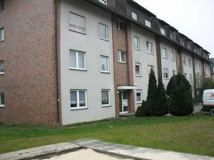 Sehr große 3 1/2 Raum Erdgeschosswohung mit Wintergarten 85,13 m²