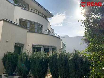Aachen-Süd: Exklusives Wohngefühl in großzügiger Etagenwohnung mit 5 Zimmern und 2 Terrassen!