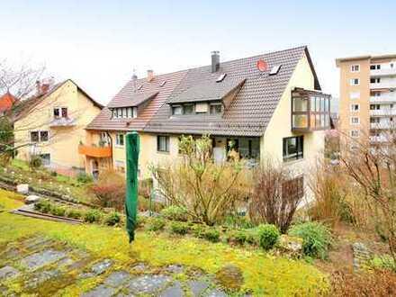 Gepflegtes 1-3-Familienhaus/Generationenhaus mit idyllischem Garten direkt am Ortsrand