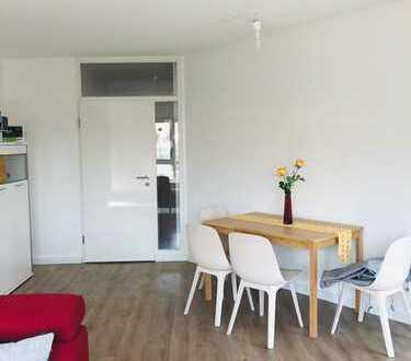 Wunderschöne möblierte 2 ZKB Wohnung mit Balkon
