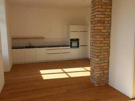 Erstbezug nach Sanierung mit EBK und Balkon: stilvolle 3-Zimmer-Wohnung in Mannheim