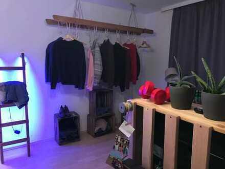 Schönes Zimmer zur Untermiete für das Sommersemester '18 in Uninähe