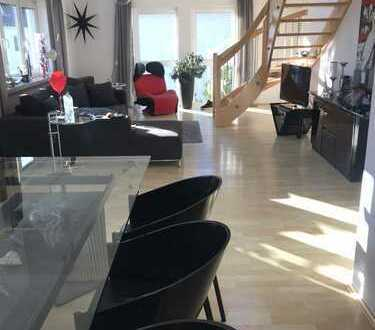 PROVISONSFREI Wunderschöne Maisonette-Wohnung 160 qm, 5 Zimmer mit Balkon und Gartenanteil