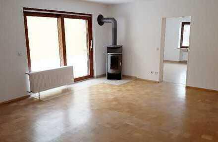 3-Zimmer-Wohnung mit großer Terrasse, Top-Lage in 89555 Steinheim