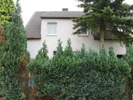 Einfamilienhaus in sonniger Lage / ZV-Objekt