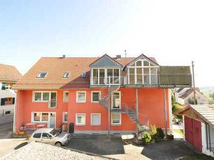 Haus im Haus: 2 schöne und großzügige übereinander befindliche Wohnungen mit eigenem Garten