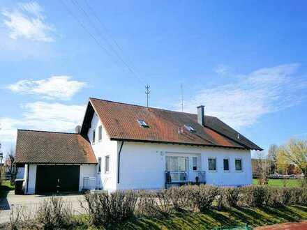 *** Großzügiges Zweifamilienhaus in Kettershausen ***