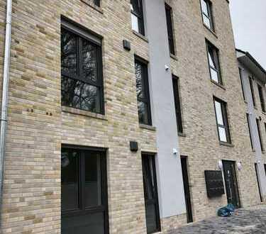 Erstbezug: attraktive 3-Zimmer-Dachgeschosswohnung mit Balkon in Rheine/ Schleupe