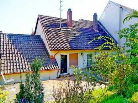 Einfamilienhaus mit Garten und Garage in St Martin (Pfalz)