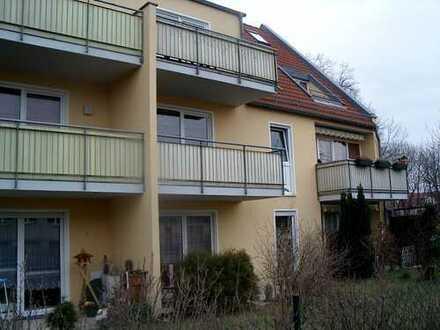 Zweiraumwohnung mit Terrasse und Gartenanteil
