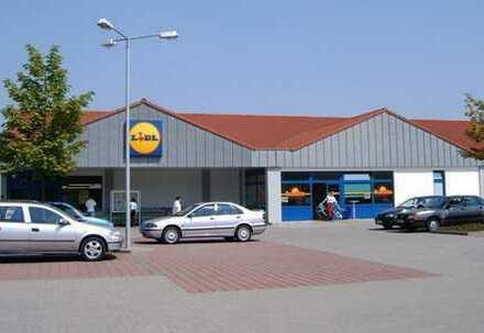 Attraktives Ladenlokal mit großem Grundstück in Schleswig-Holstein