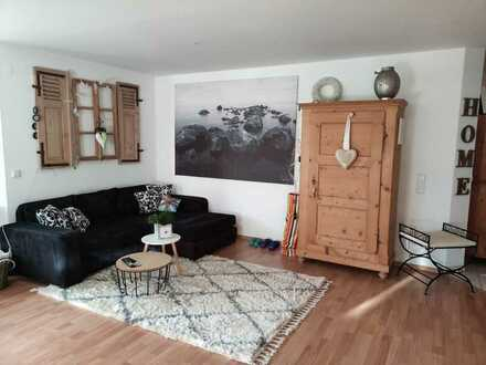 780 € - 100 m² - 2.0 Zi.