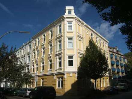 ++OFFENE BESICHTIGUNG AM DO., 23.01.2020 VON 16-17 UHR++ Modernisierte 2-Zimmer-Altbauwohnung