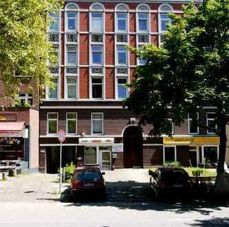 Winterhude: 2-Zi-Altbau, ideal als Wohnbüro, Praxis, Atelier