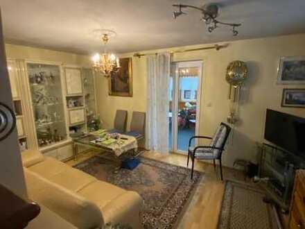*Doppelhaushälfte mit eingewachsenem Garten, Wintergarten und viel potential zur Erweiterung *