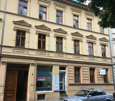 Sanierte 2-Zimmer-Wohnung mit Einbauküche in Bernau bei Berlin