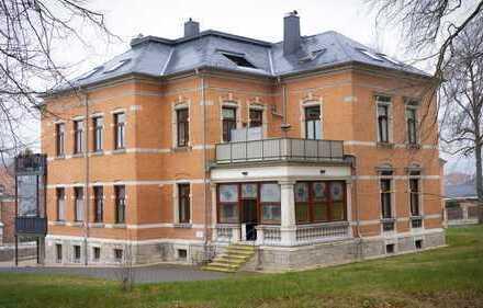 Extravagante 4-Raum Wohnung mit Wintergarten in Auerbach/Vogtland