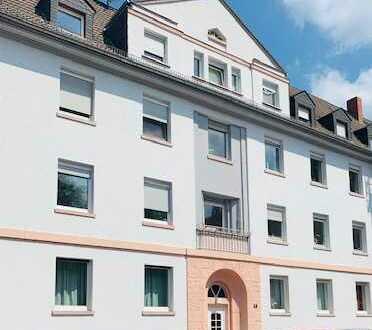 Reduzierte Courtage* Helle 5 Zimmer Wohnung in ruhiger Lage FFM-Ostend