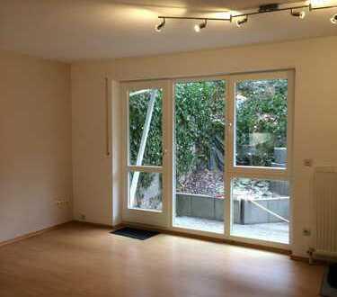 Attraktive 2-Zimmer-Wohnung mit Terrasse und Einbauküche in Pforzheim