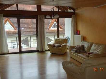 wunderschöne, lichtdurchflutete 3-Zimmer-Wohnung in Waldnähe