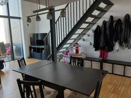 Ansprechende 3-Zimmer-Maisonette-Wohnung mit Balkon und Einbauküche in Potsdam