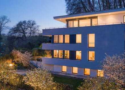 Starnberg - Stadtvilla mit beeindruckendem Weitblick in ruhiger Lage