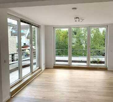 Helle 3-Zimmer-Wohnung mit großem Balkon nahe des Rheins!