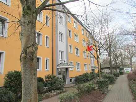 Erstbezug nach Sanierung: Zentrumnahe 2-Zimmer-Wohnung mit EBK und Balkon in Celle