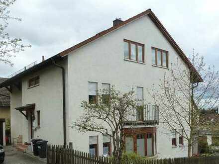 Ruhige DHH m.Terrasse u. kl. Garten , Weiden-Rehbühl