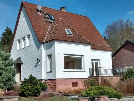 Freistehendes, helles Einfamilienhaus mit EBK zur Miete in Trippstadt / Uni Nähe