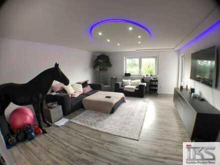 Exclusive 4.-Zi.-Whg. mit ca. 139 m² in exponierter Lage, mit Dachterrasse, Balkon u. EBK