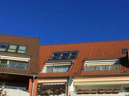 Sonnige 2-Zimmer-DG-Wohnung am Stadtsee