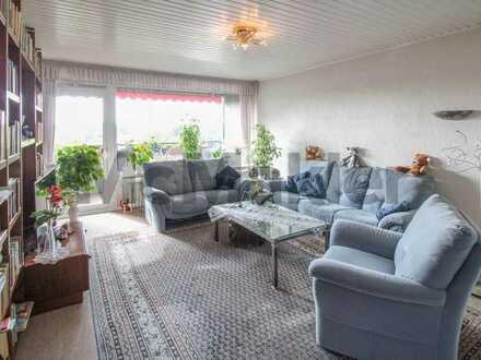 Genießen mit Aussicht: Ruhige 3-Zi.-Whg. mit großem Balkon in grüner Lage