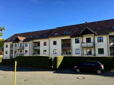 **frisch saniert mit Garage** 3,5 Raum Wohnung in Zwickauer TOP Lage Garage