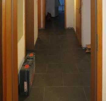 ⭐76 qm Erdgeschosswohnung mit Terrasse und Ofenheizung -Sehlem