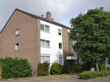 Beliebte Lage Königshof: Hübsche 3 Zimmerwohnung mit Balkon