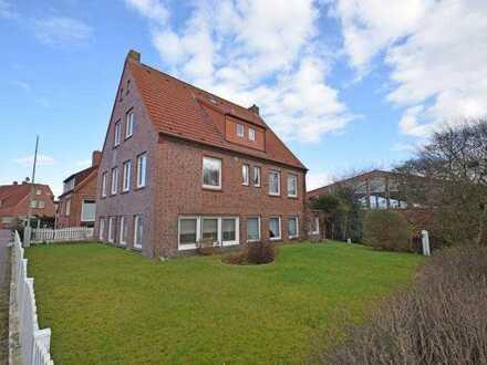 Mehrfamilienhaus mit Eigentümerwohnung und 4 Ferienwohnungen in guter Lage von Juist