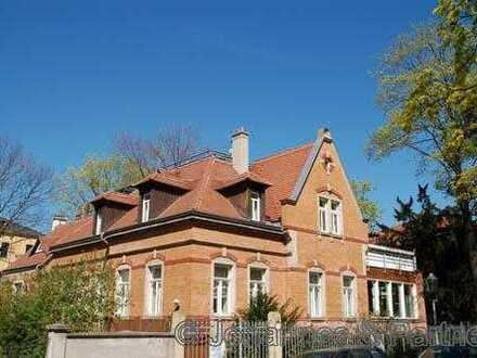 * ruhig gelegene Maisonette-Wohnung mit Terrasse unweit der Elbwiesen *
