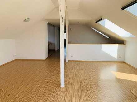 Gemütliche Mansardenwohnung mit Balkon, 80 qm2