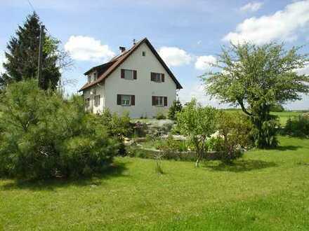 Zweifamilienhaus mit großem Grundstück geeignet als Mehrgenerationen - Projekt - auch für Bauträger!
